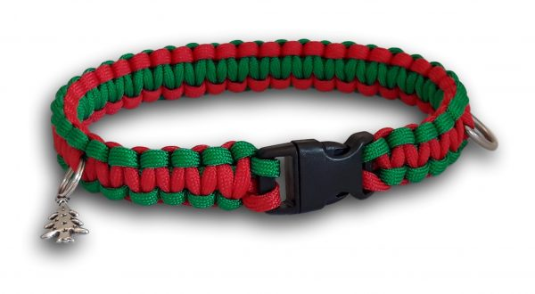 Christmas paacord dog collar