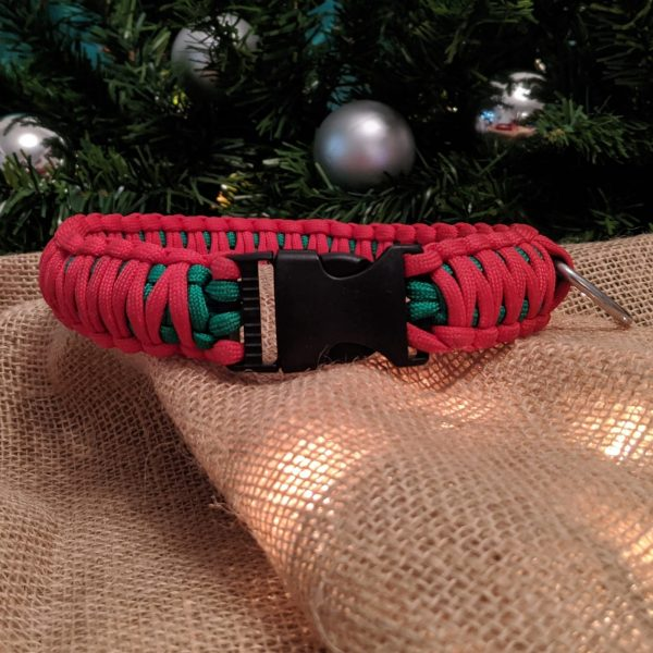 Christmas paracord dog collar festive red and green